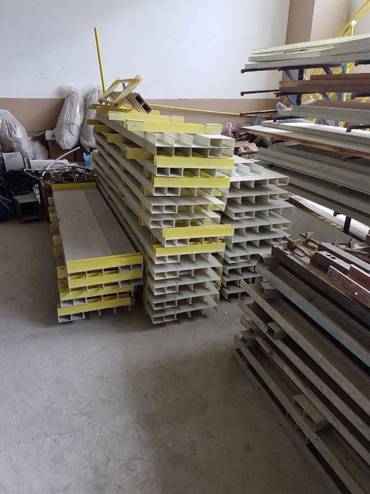 Homebuilding Renovating: «Light Forms Of Fiberglass»