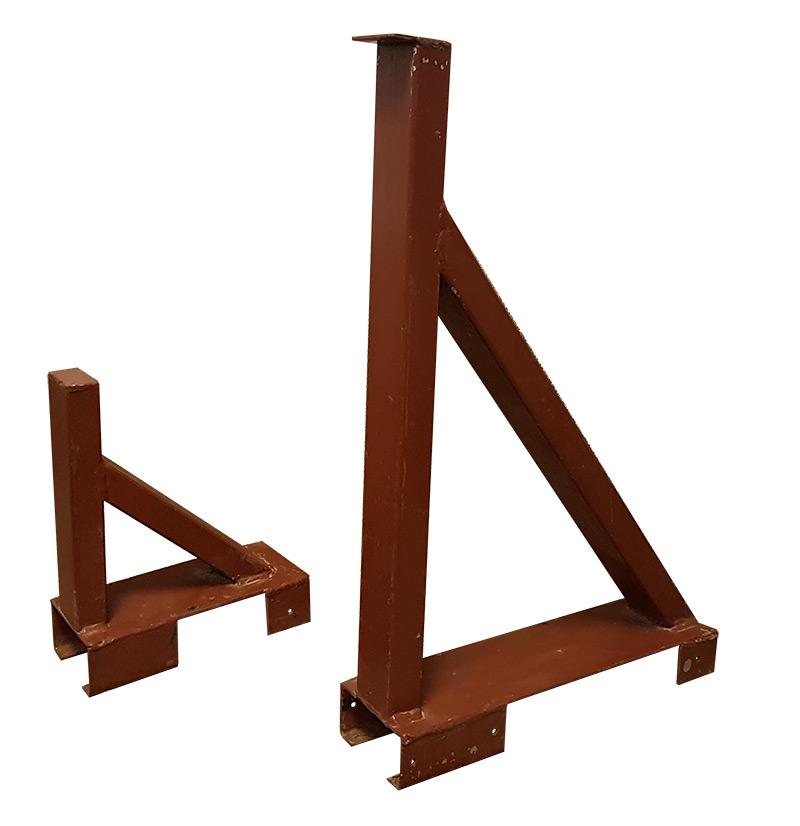 Girth rail holder
